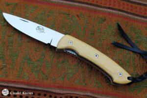 "Citadel ""Kampot Old Box wood""- Folding Knife."