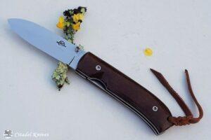 """Citadel """"Fidel Liner Micarta""""- Couteau de Poche."""