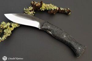 """Citadel """"Kukri Lock Caviar""""- Couteau de Poche."""