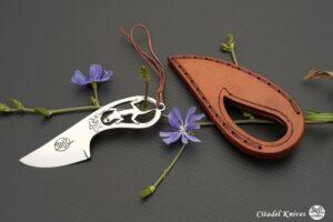 """Citadel """"Le Mignon Salamander""""- Fixed Blade Knife."""